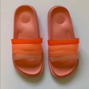 Shoes - CORAL POOL/BEACH SHOES